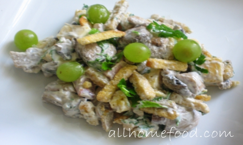 Салат из винограда и сухариков рецепт с